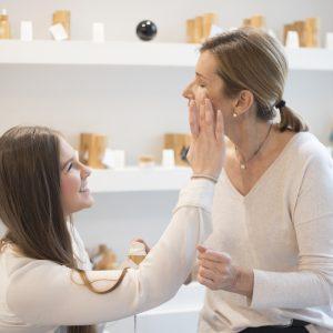 Terai Cosmética tiene un amplia variedad de productos naturales para el cuidado de una piel bonita.