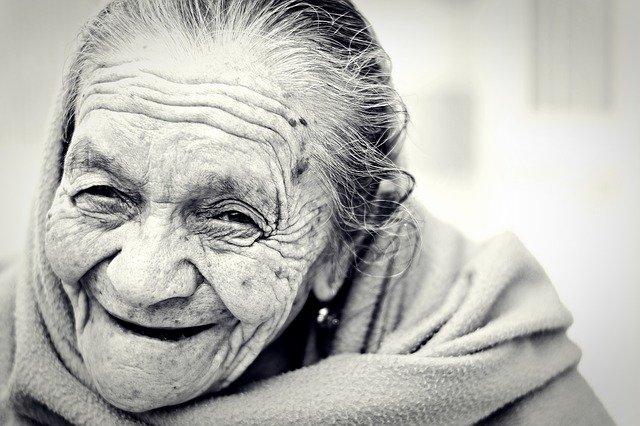 ¿A qué edad nos hacemos viejos?